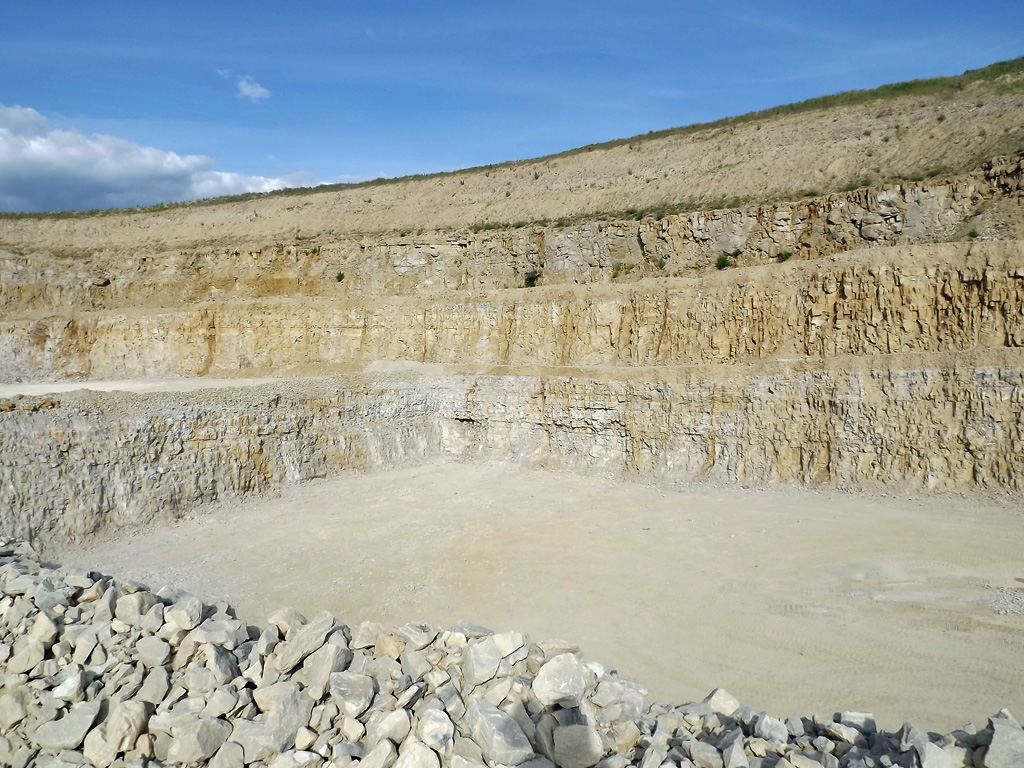 Three terraces of Portland Limestone extracted for aggregate